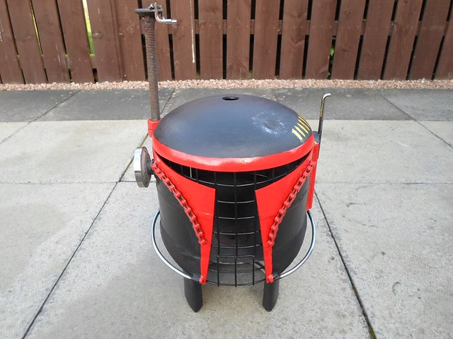 Star Wars Mandalorian Helmet by Caddyshack Creations