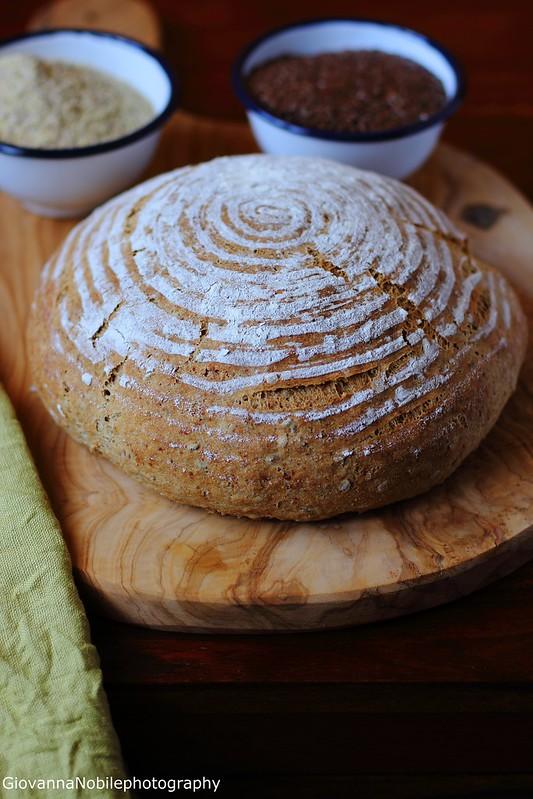 Ricetta del pane di farina integrale con cruschello, germe di grano e semi di lino