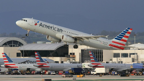 American Airlines (N539UW) | by A Sutanto