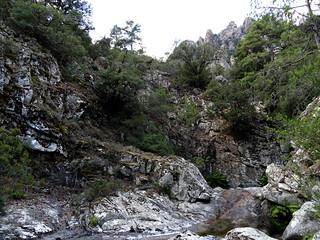 Contournement délicat en RD de la vasque-cascade du 2ème méandre remarquable de l'Ancinu