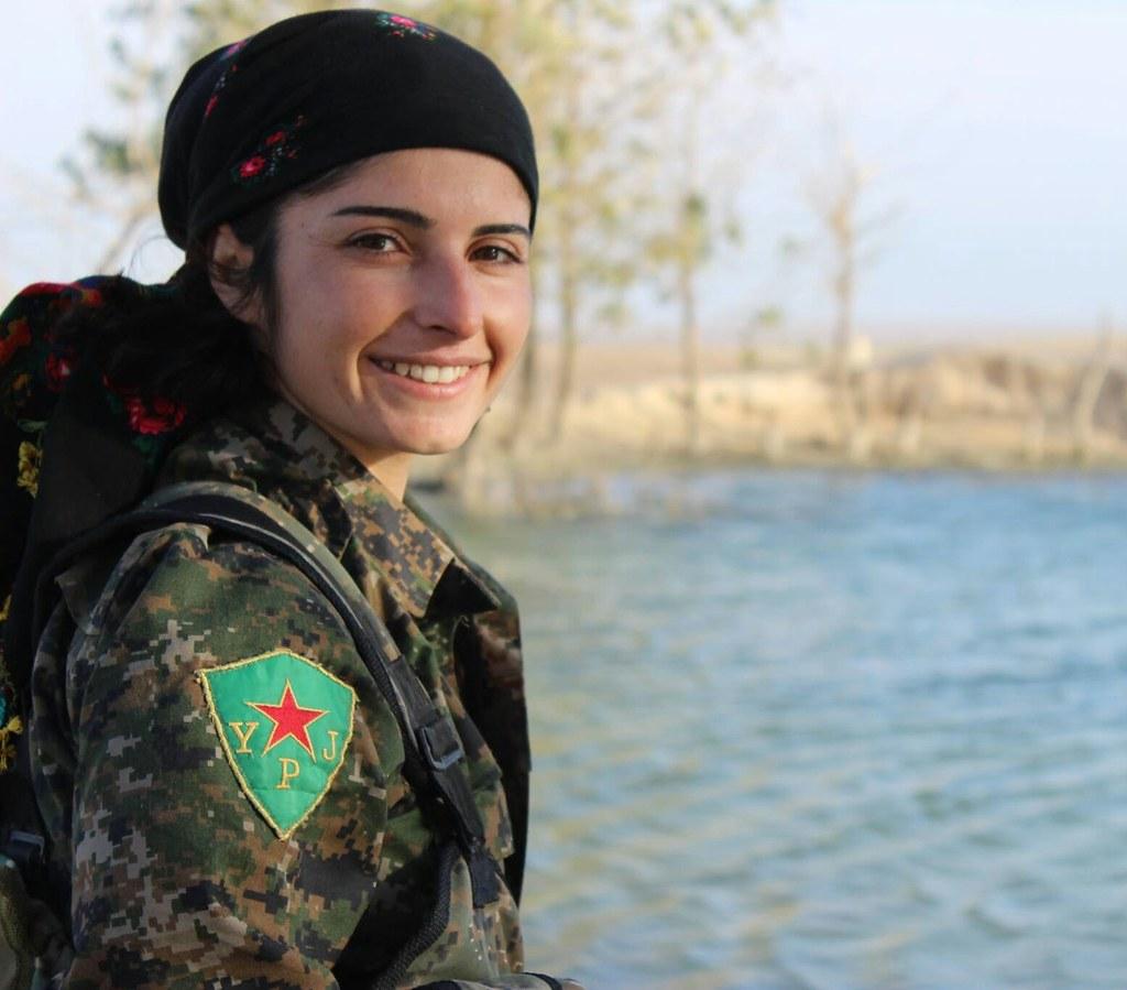 девушки из сирии знакомства