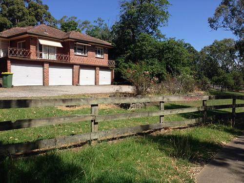 House next to River Gum Walk Trail, Rosanna