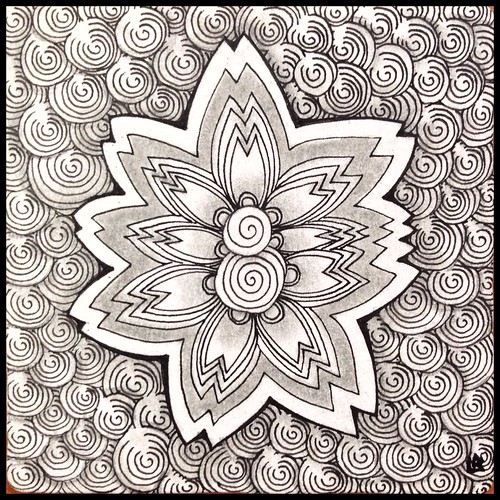 Zentangle 195 | by Laurel Storey, CZT