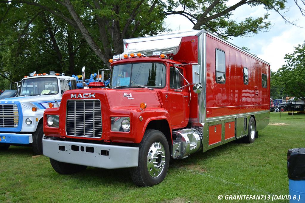 Mack R Model Motorhome Trucks Buses Amp Trains By