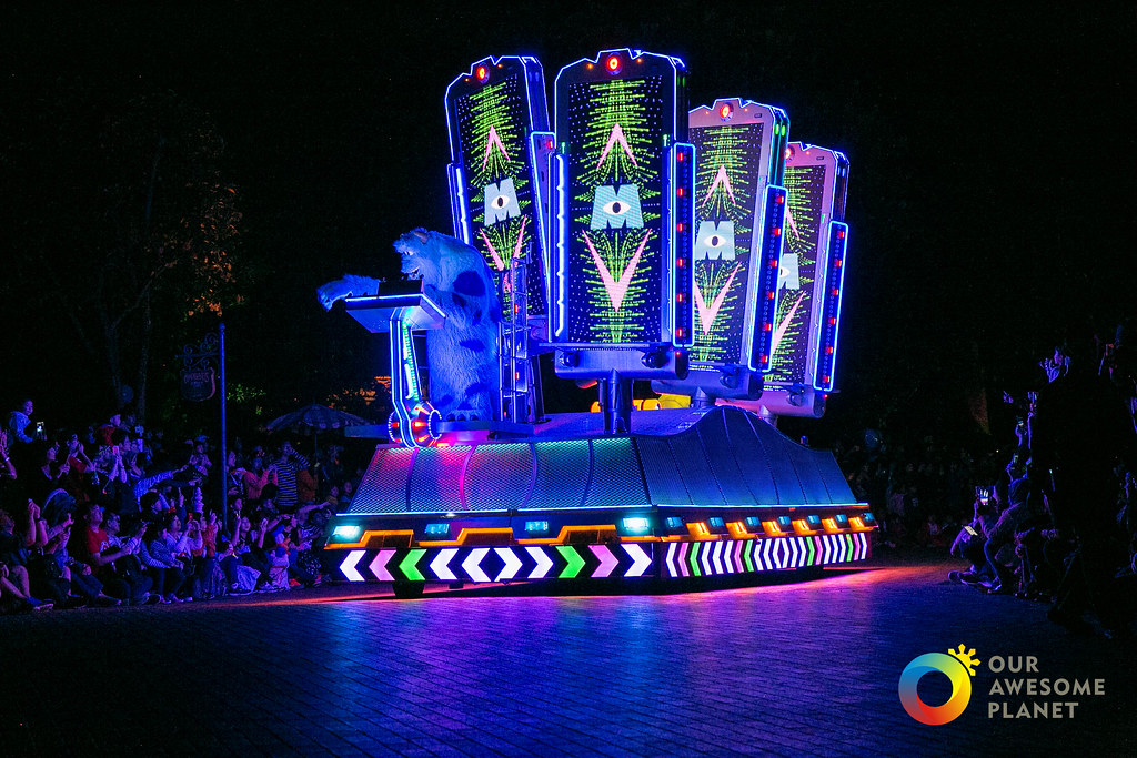 Disneyland Night Parade-3.jpg