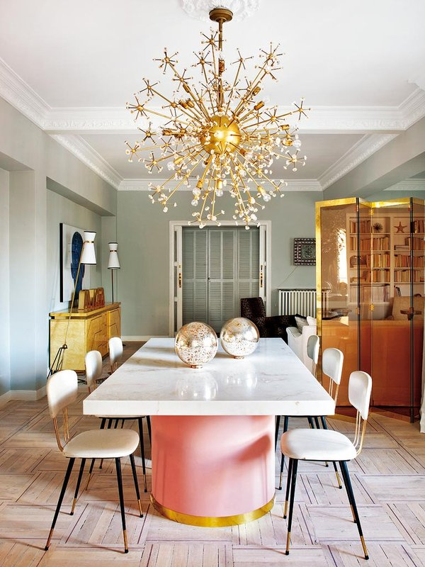 Modern Retro Dining Room | Pink Dining Room Table | Gold Abstract Chandelier | How to Subtly Decorate with the Color Pink