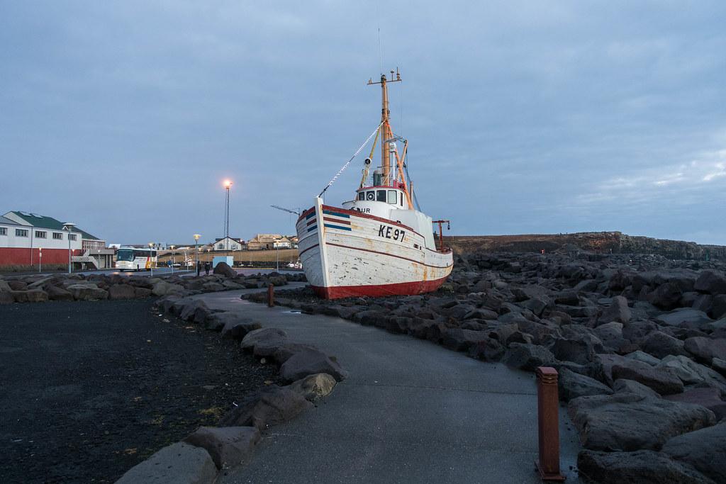Iceland-04241-2
