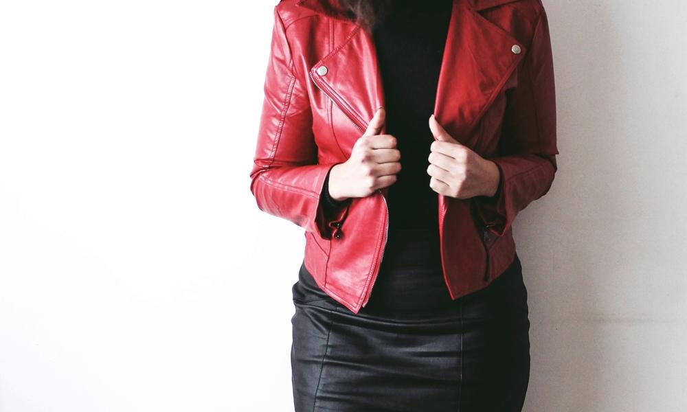 RED-white-daisy-blog (1)
