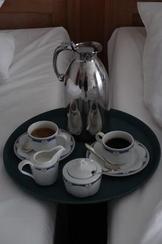 Morgendlicher Kaffee per Roomservice auf unserem Zimmer