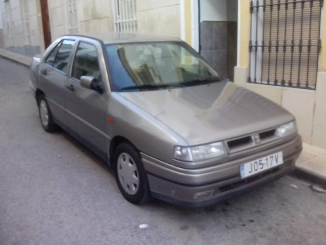 Se vende coche en Porcuna 22377819755_f97aef53b6_z