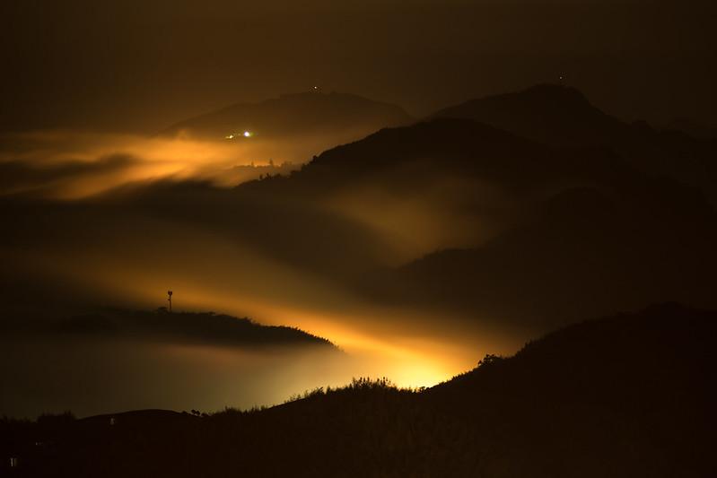 深夜黃金流瀑|阿里山琉璃光