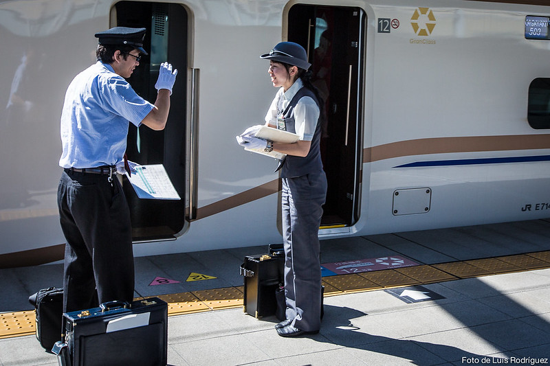 Hokuriku-Shinkansen-35