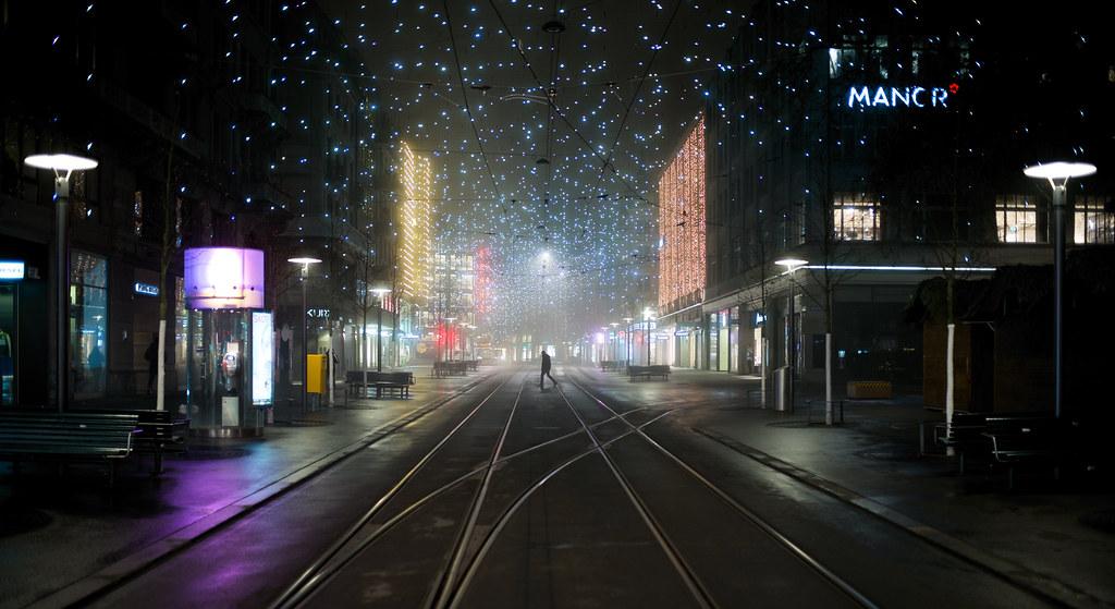 Weihnachtsbeleuchtung Kranz.Diamond City Leica M P Summilux M 35mm Please Don T Use Flickr