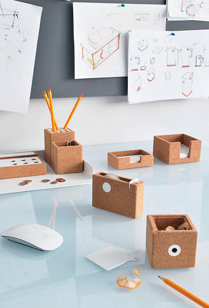 niu-desk-2