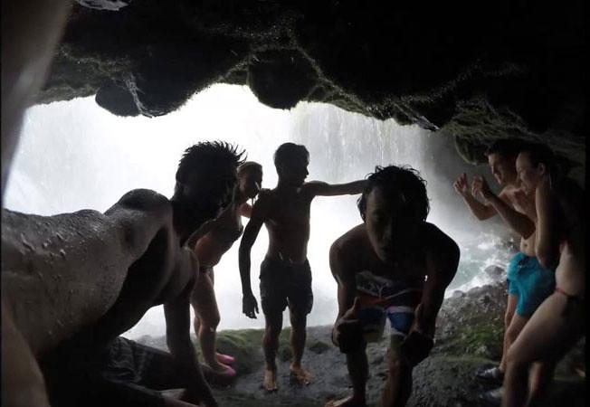 18b-TiuKelep-water-Wayan-Premananda