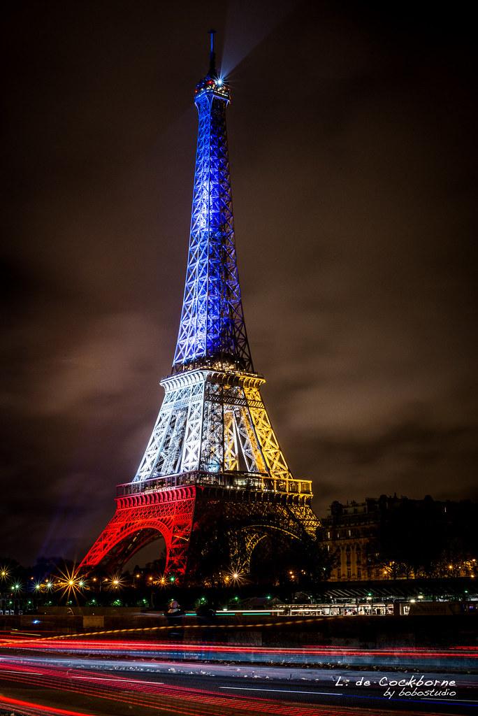 La Tour Eiffel La Tour Eiffel En Bleu Blanc Rouge