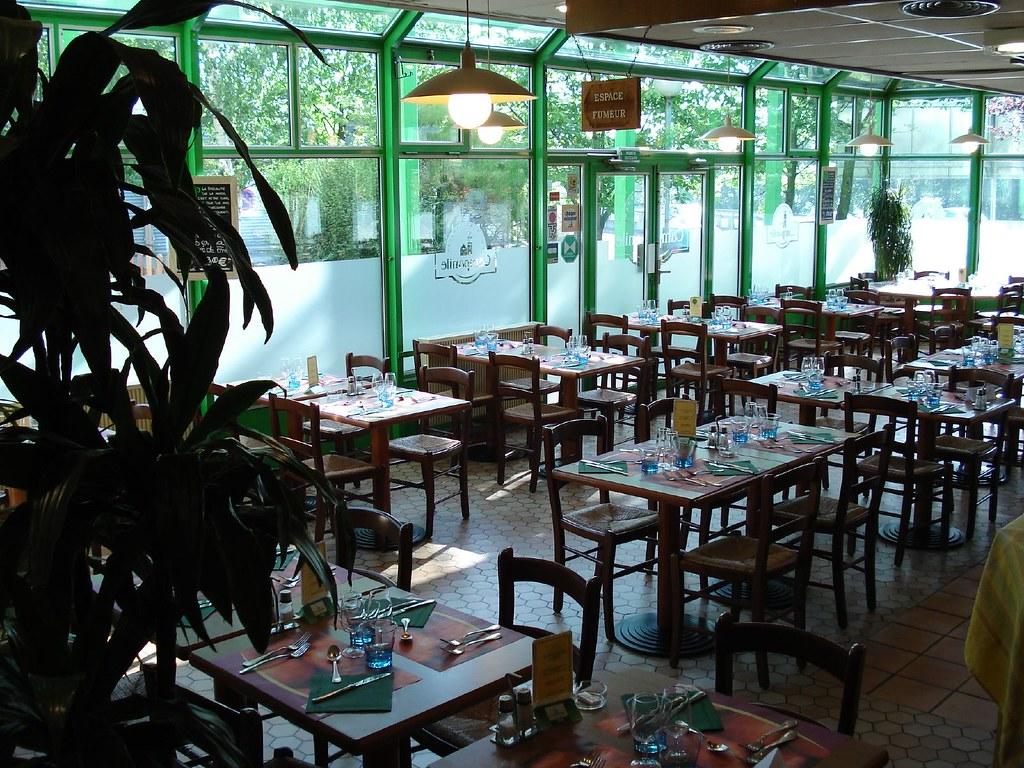 H Ef Bf Bdtel Restaurant Campanile Paris Nord Ecouen La Croix Verte