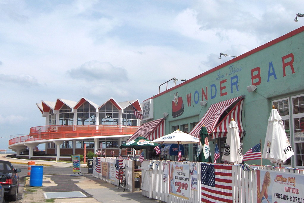 Howard Johnsons And The Wonder Bar Asbury Park The
