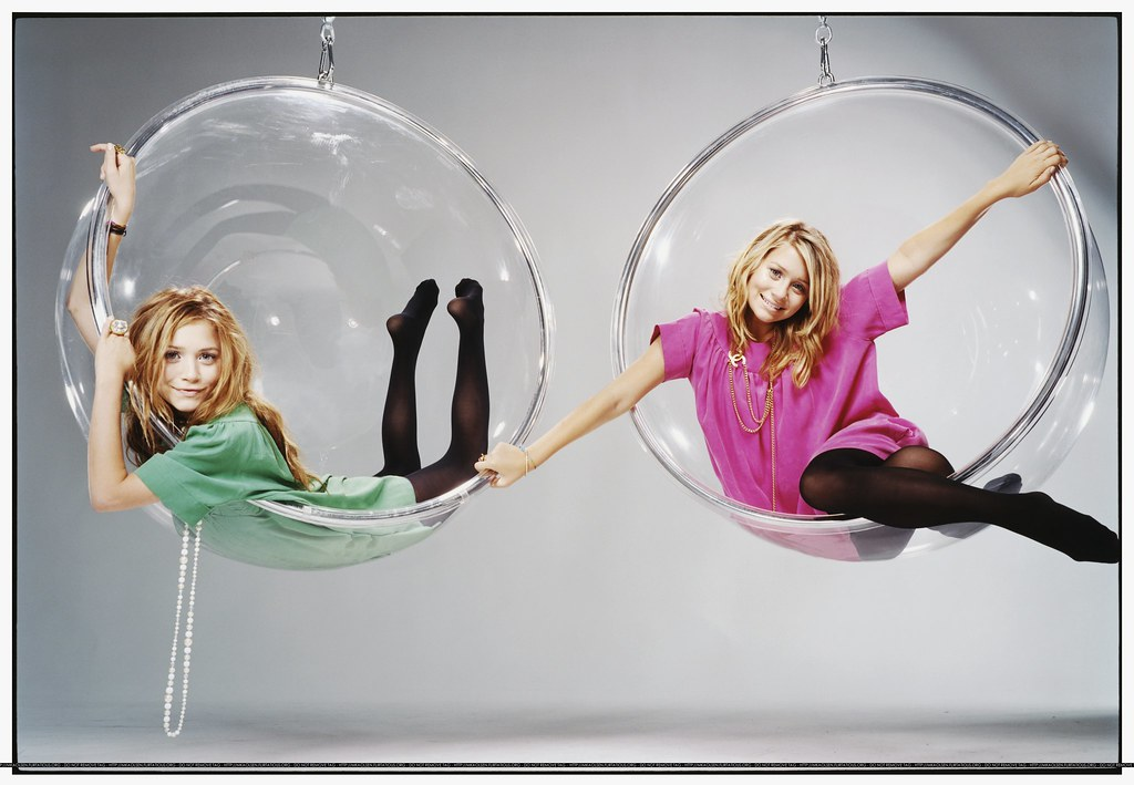 Olsens Bubble Chair 2 From A Teen Vogue Photoshoot Flickr
