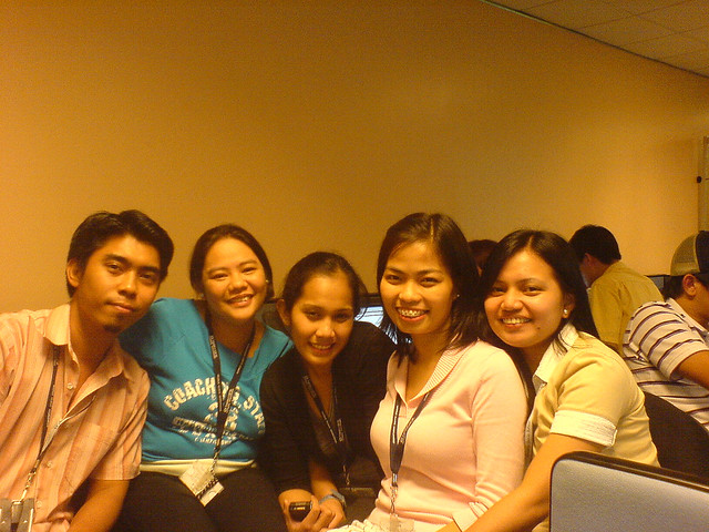 some of the girls of wave 5 vonage technical support | Flickr