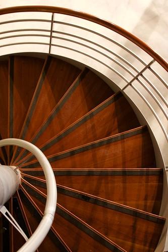 spirale escalier mus e de l 39 air et de l 39 espace paris le flickr. Black Bedroom Furniture Sets. Home Design Ideas