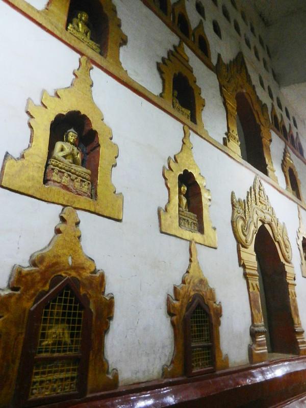 Будды храма Ананда (Ananda)