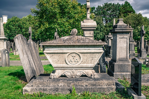 GLASNEVIN CEMETERY [MY FIRST DAY USING THE NEW SONY A7RMkII] REF-107424 | by infomatique
