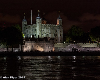 The Tower of London at night | by PapaPiper