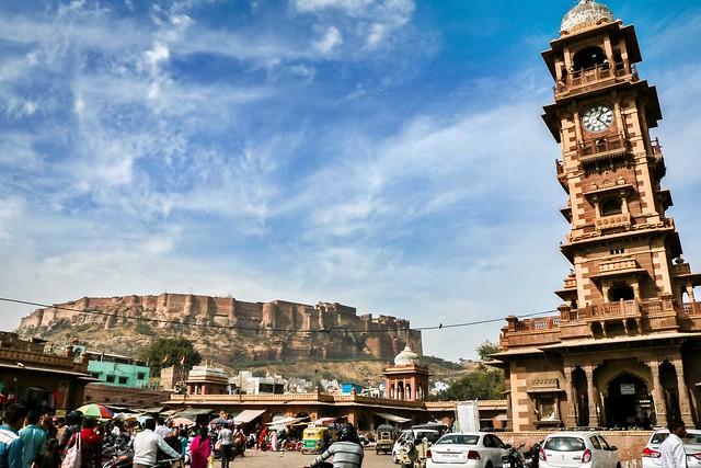 Clock tower and Mehrangarh Fort, Jodhpur, India ジョードプル 時計塔とメヘランガール・フォート