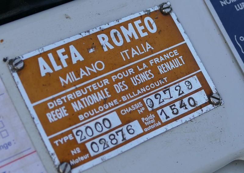 ALFA-ROMEO et Régie RENAULT 23274421953_dfa21de8de_c