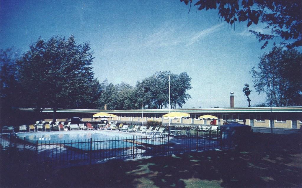 Rendezvous Motel - Niagara Falls, Ontario