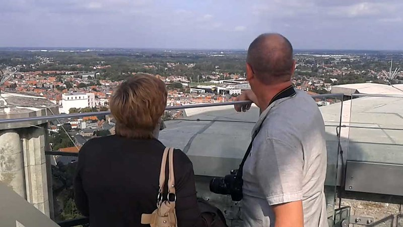 Skywalk op 97 meter hoogte op Sint-Romboutstoren te Mechelen