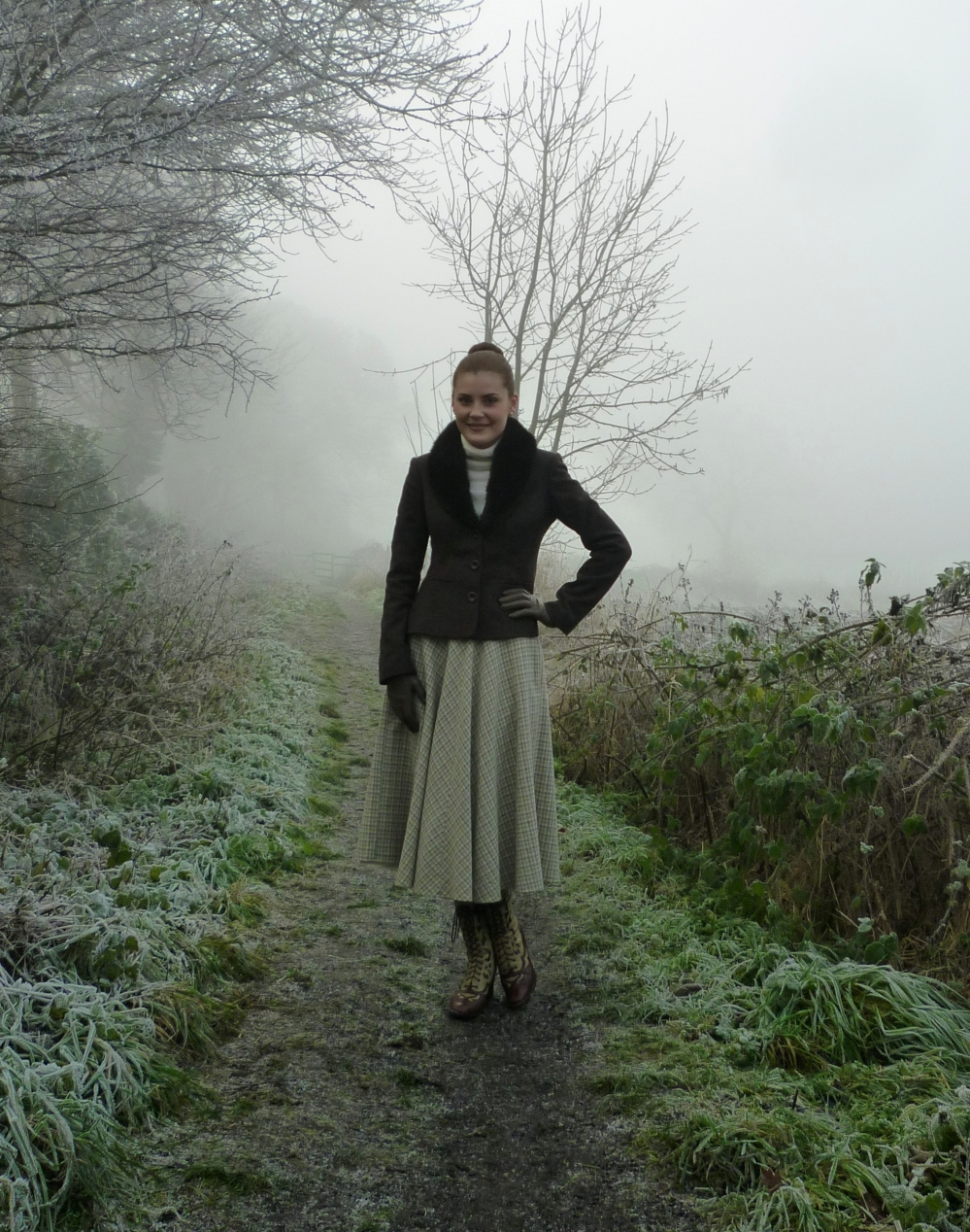vintage winter outfit via www.lovebirdsvintage.co.uk