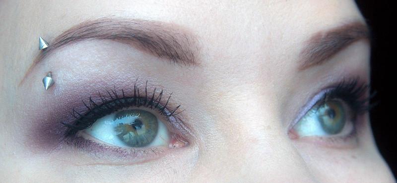 Vihreiden silmien meikki