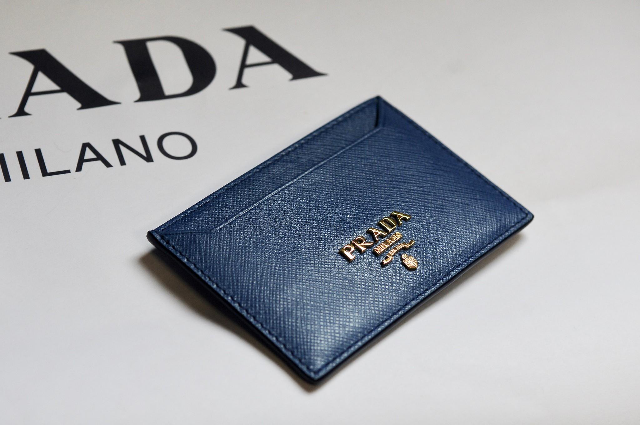 d33f016fe5efd8 promo code prada credit card holder 73037 99e9e