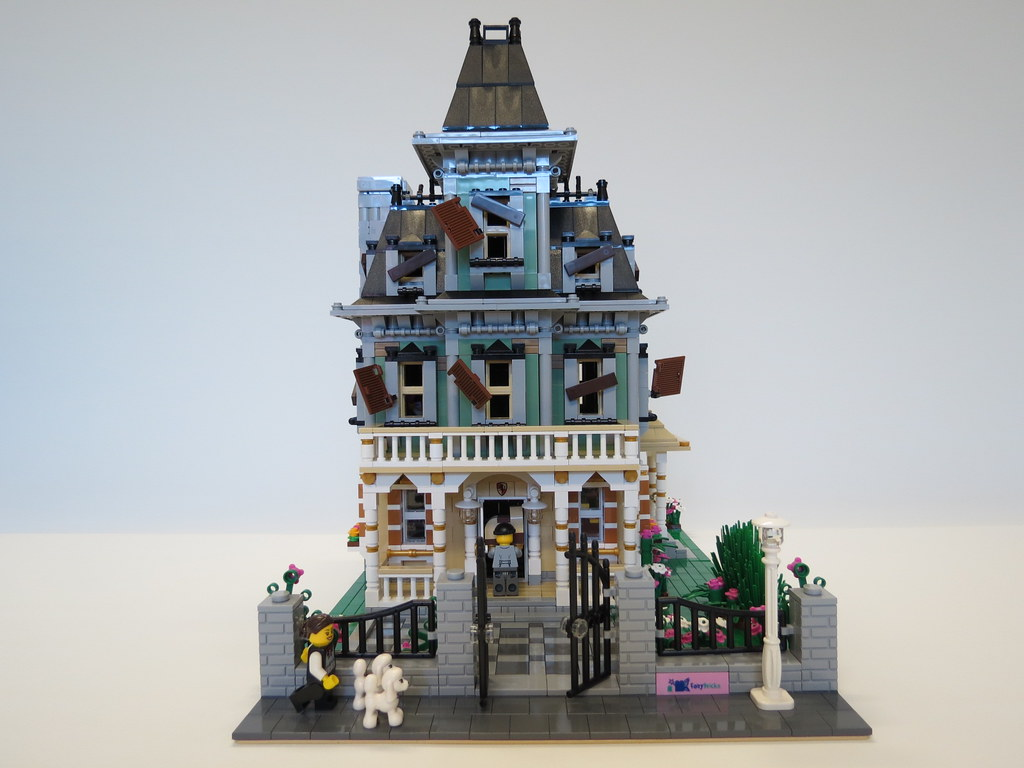 Lego Haunted House Renovations A Young Couple Have Moved