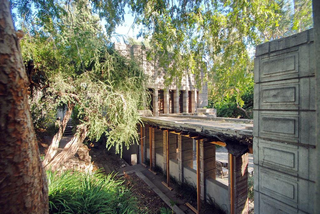 Millard House 'La Miniatura'- Frank Lloyd Wright, Architec