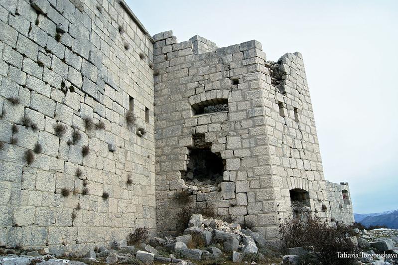 Фасад укрепления