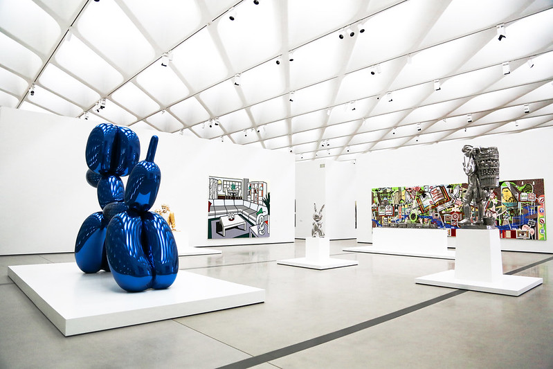 The Broad Downtown LA Art Jeff Koons