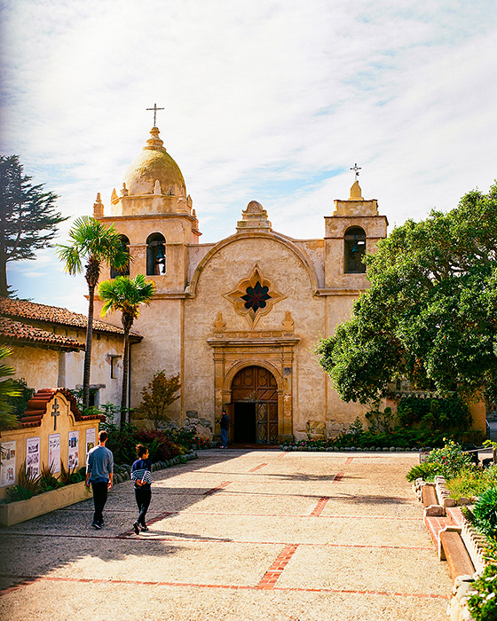 © 2016. San Carlos Borroméo de Carmelo Mission in Carmel-by-the-Sea, California. Monday, Oct. 31, 2016. Ektar +2, Pentax 6x7.