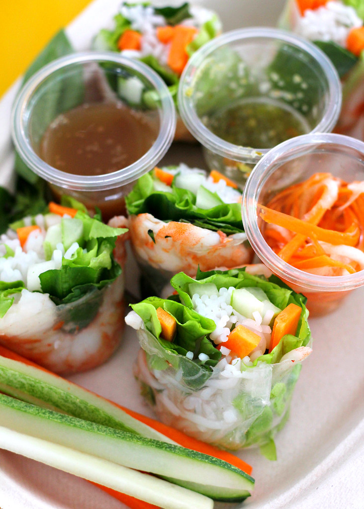 canal-village-food-music-festival-spring-rolls
