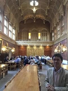 很「哈利波特」的大會用餐處。攝影:王俊秀。