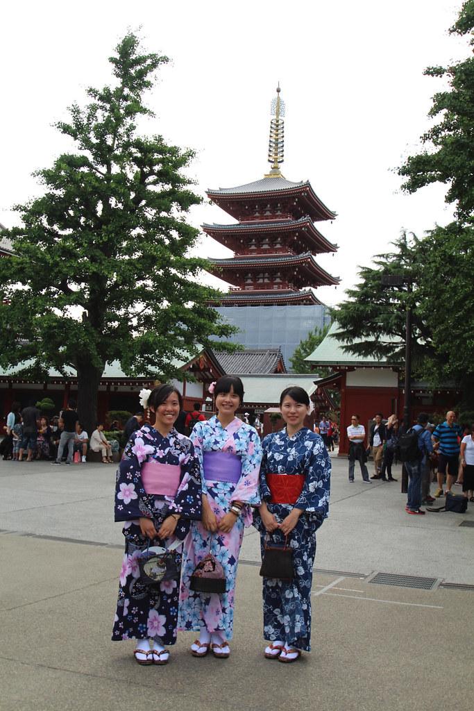 Senso-Ji Temple Tokyo Geisha girls travel blog uk