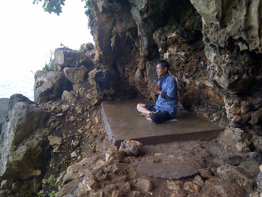 8-GoaLangse-MeditationSpot-tirtabakti.wordpress