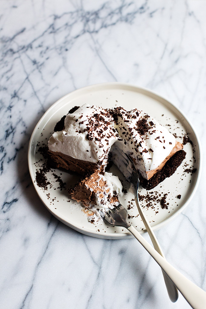 Chocolate Mudslide Pie | @cindyr