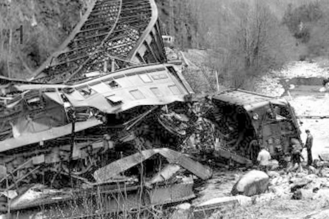 Descarrila tren en Puente Lestanguet, Canfranc.