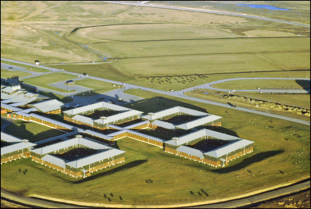 Falklands Moonbase Alpha The Accommodation Complex At