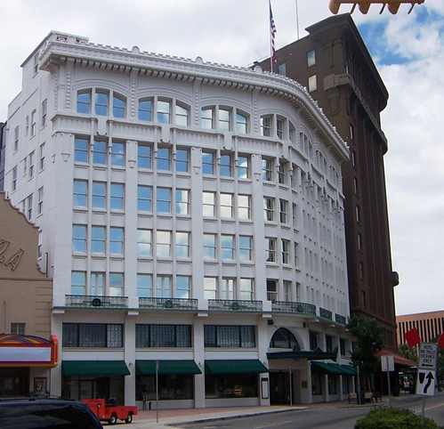 El paso tx white house department store and hotel mccoy for The house company el paso