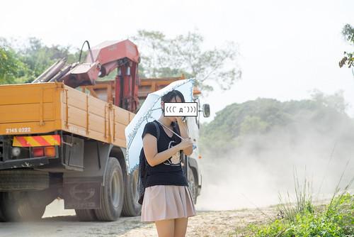不時有泥頭車來非法傾倒泥頭