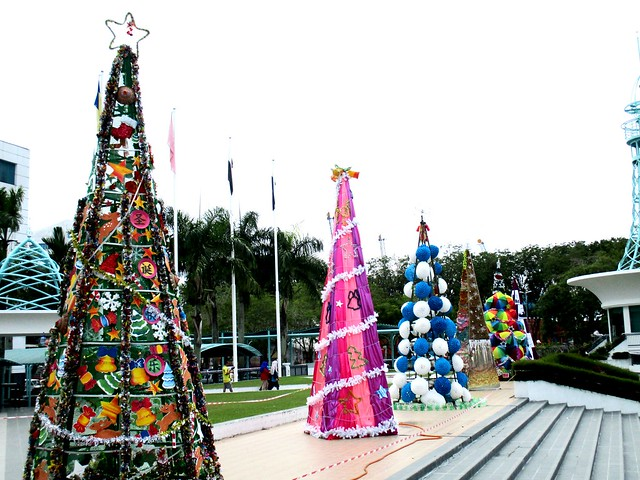Christmas Trees, Sibu Town Square 2016 1